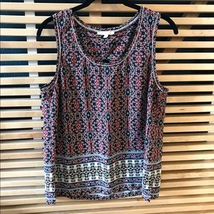 Patterned tank with cute shoulder cut out